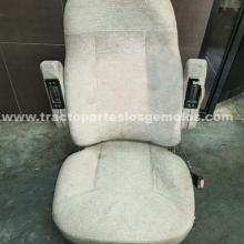 Asiento Freightliner Cascadia